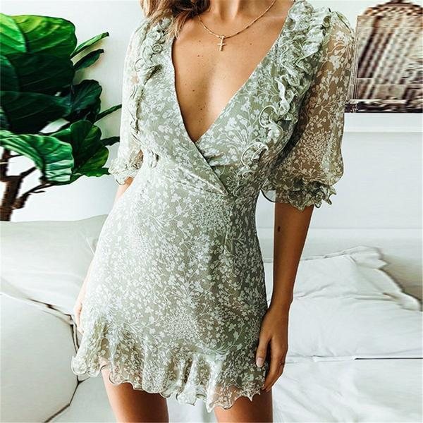 Sweet Deep V Collar Floral Printed Flouncing Vacation Dress