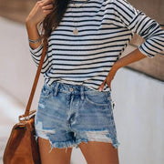 Women loose buttonhole fringed denim shorts