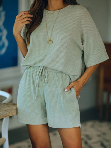 Simple Casual Loose Short Sleeve Top Shorts Set