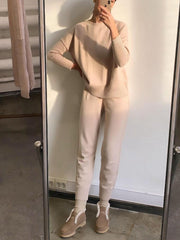 Women'S Apricot Long Sleeve Round Neck Knit Suit