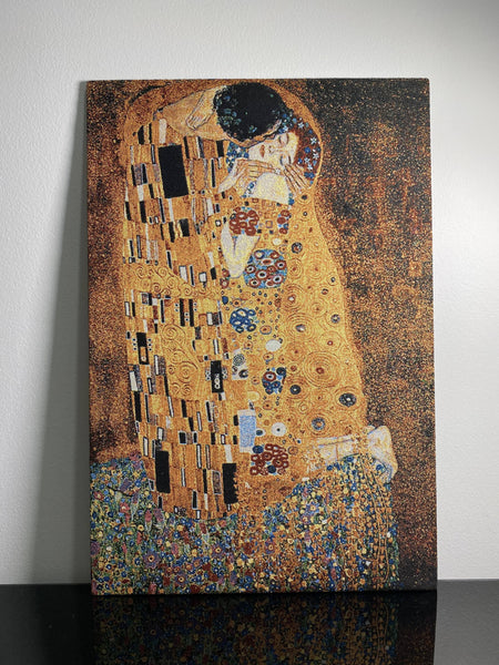 Tapestry pictures The Kiss