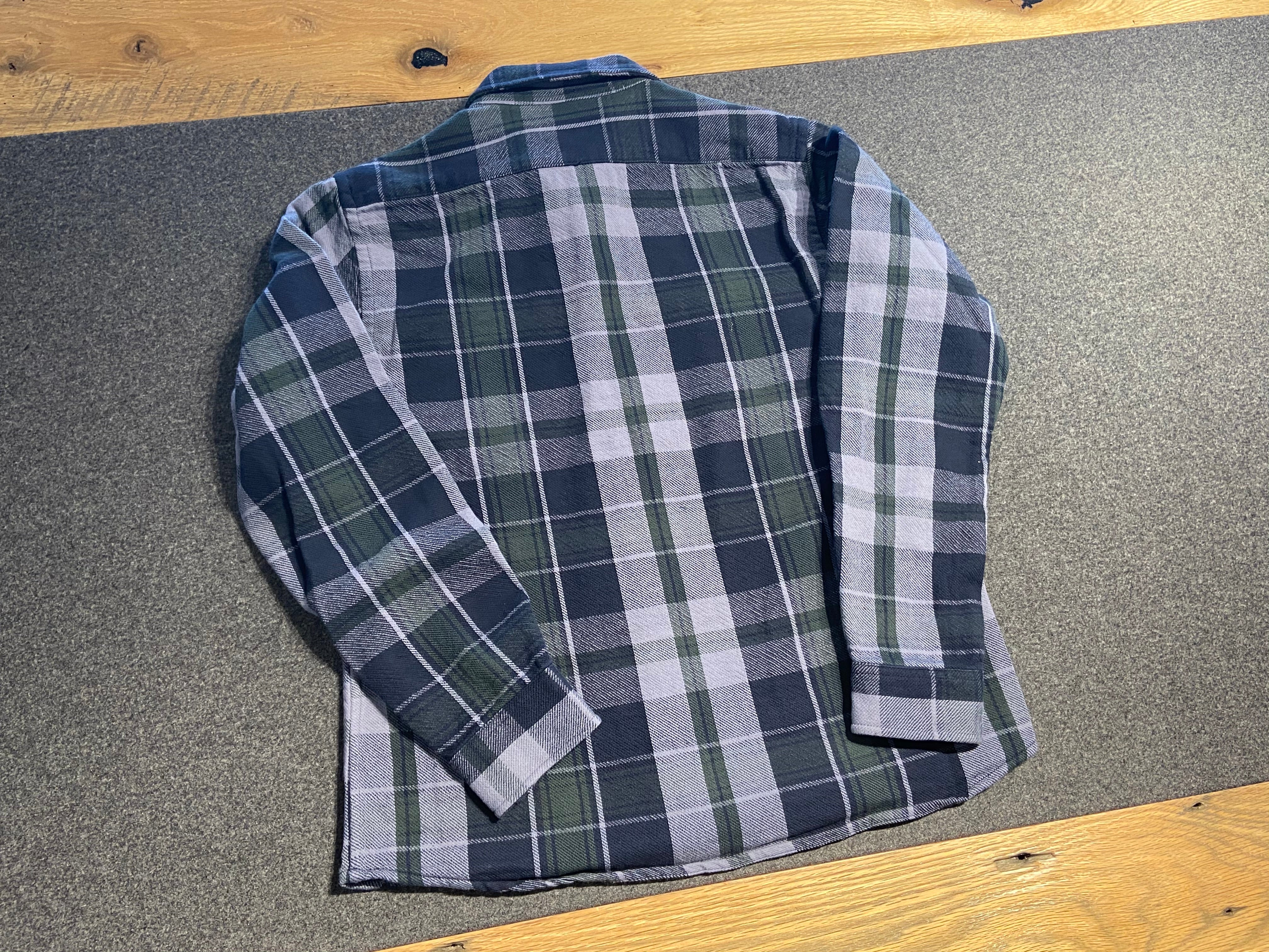 Heavy Weight Reversible Long Sleeve Shirt in Pine Plaid