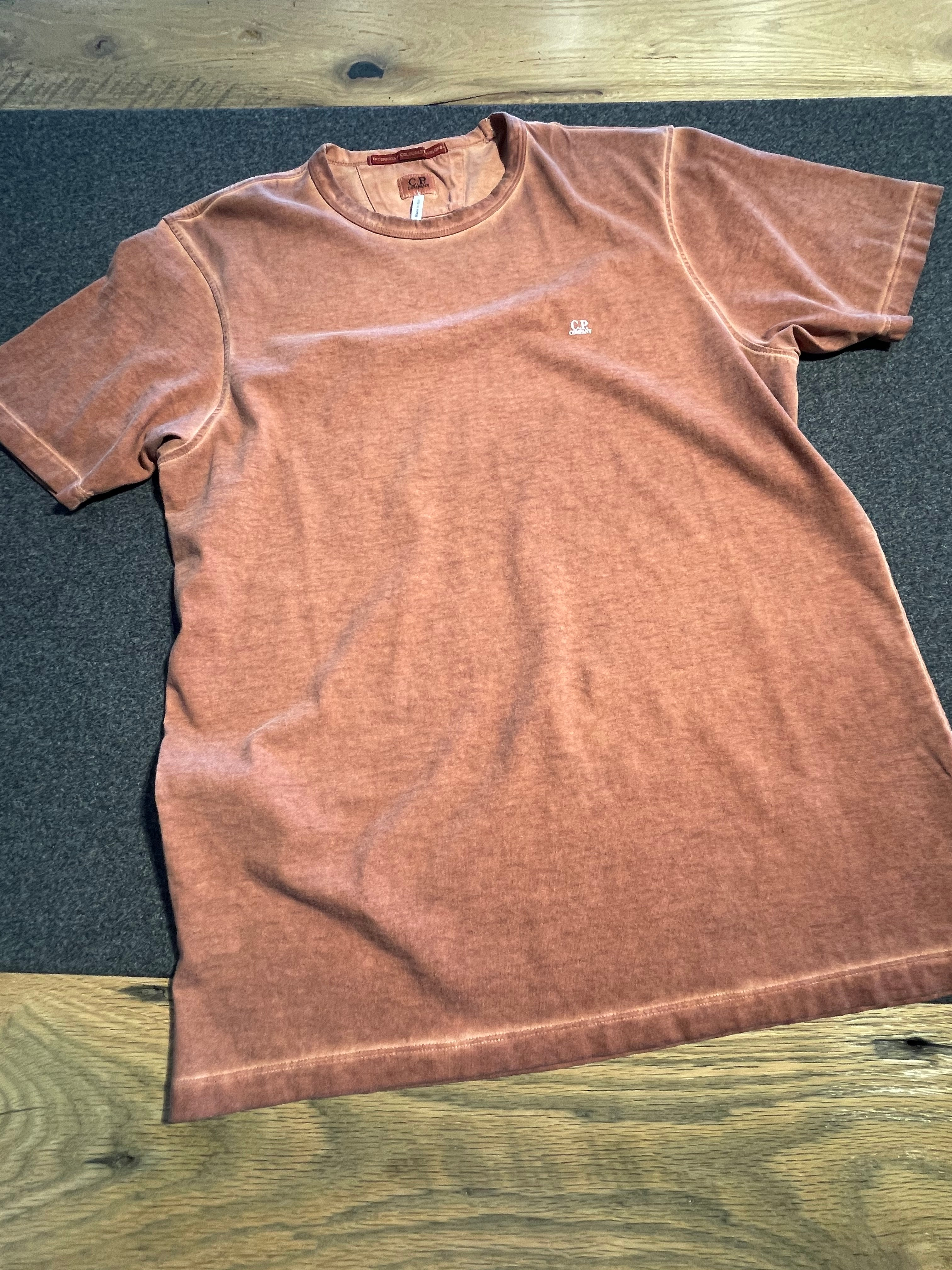 30/1 Jersey Chest Logo T-Shirt in Faded Orange