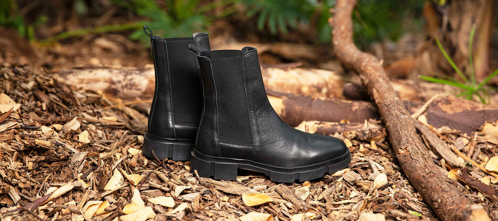 https://tangoshoes.com/products/romy-9-e-black-leather-chelsea-boot-detail-black-sole