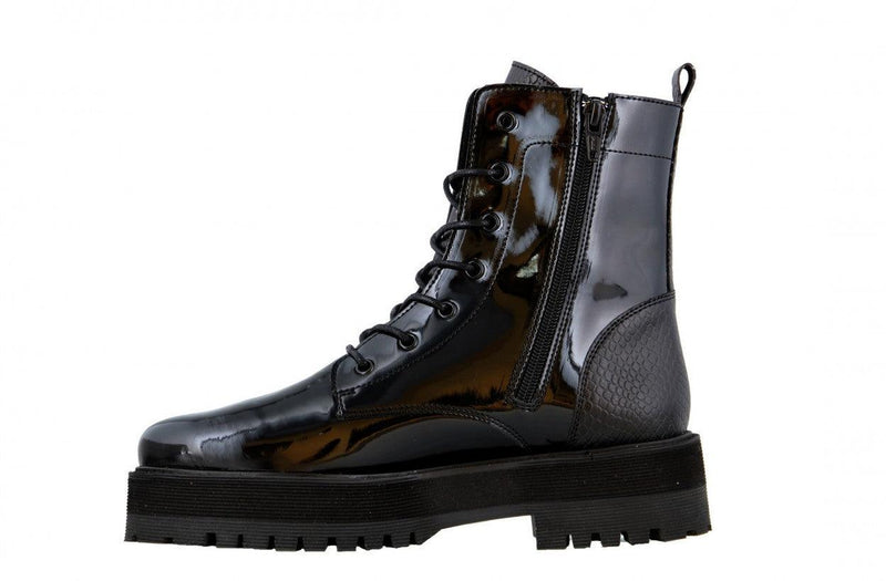 Bee chunky 115-c paulien tilstra black patent/piton boot - black sole