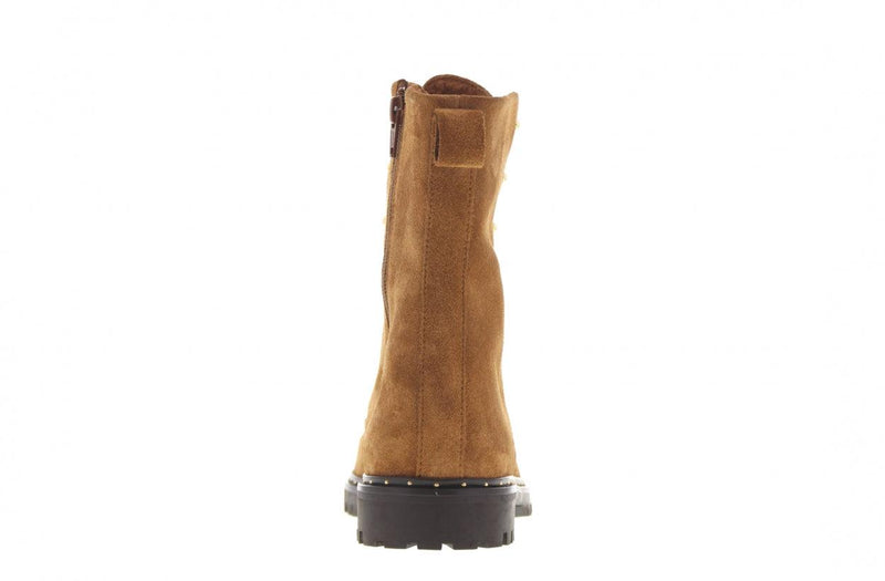 Bee 152-b cognac suede blind closure boot with studs - dark gum sole/studs wel