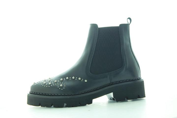 Bee bold 123-a black shiny leather/brogue studs chelsea - black sole