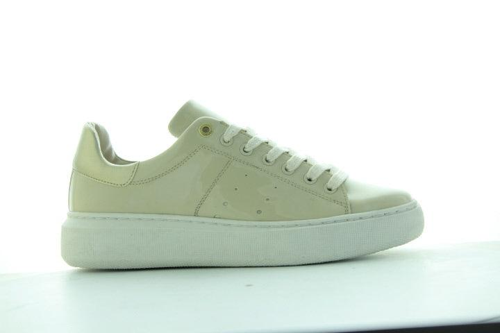 Ingeborg 1-bj beige patent sneaker- off white outsole