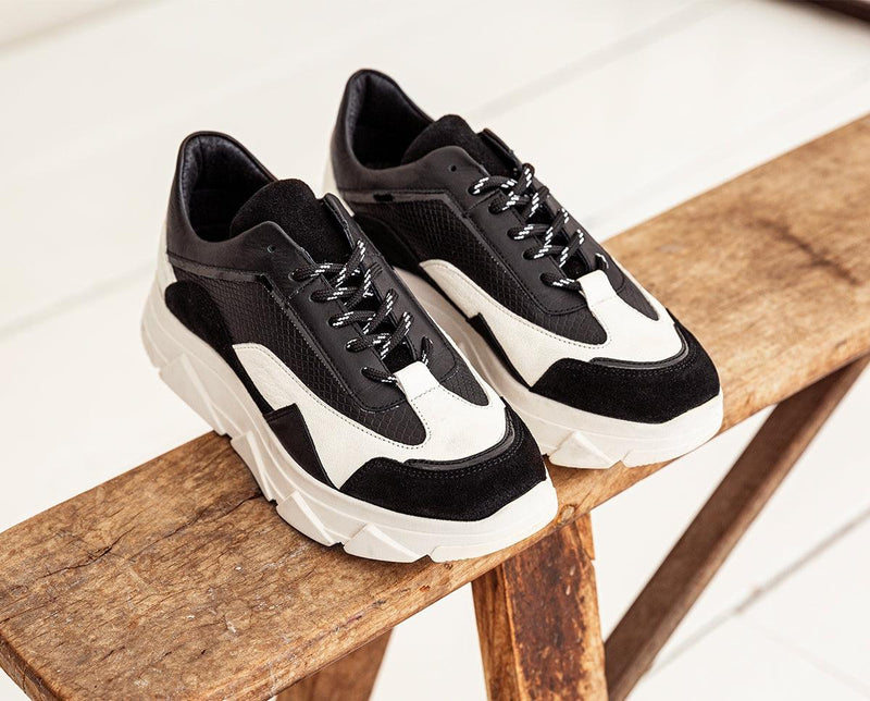 Kady fat 22-e black leather suede/latte sneaker - off white sole