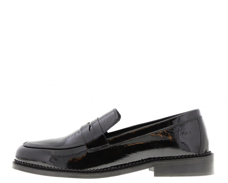 Pleun cartel 92-a black patent loafer - black sole