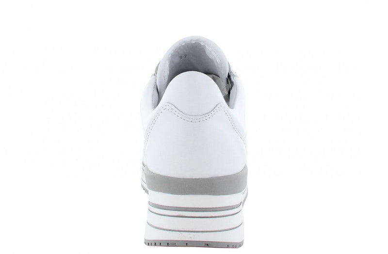 Marike 30-a white leather perfo combi jogger - white/grey sole