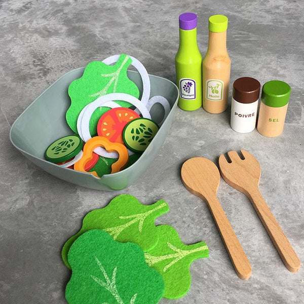 Salad Wooden Toy Pretend Play - Fifth Avenue Kids, subsidiary of Frockalicious