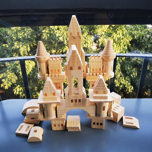 Castle Building Wooden Blocks Medieval Knights & Princesses Fortress STEM learning