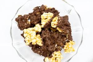 Caramel Corn – Chocolate Drizzled