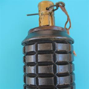 WW2 JAPANESE TYPE 97 REPLICA GRENADE