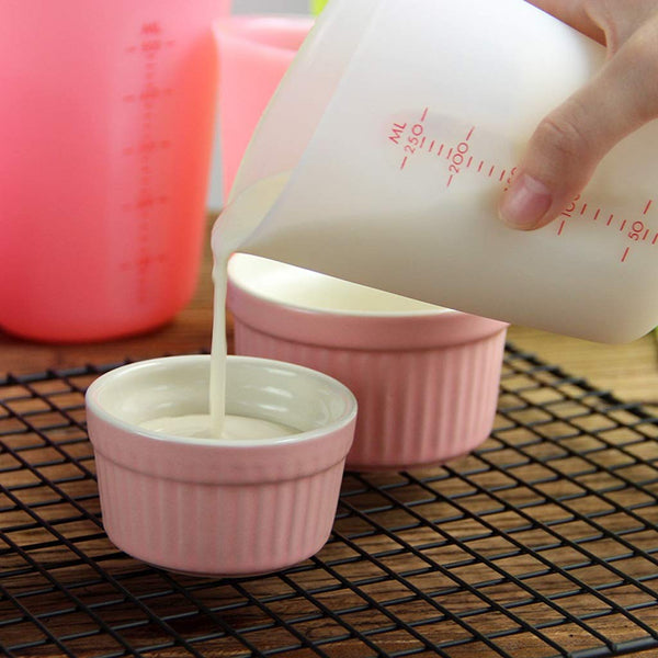 Easy Measure And Pour Silicone Cup