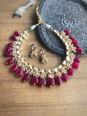 Open image in slideshow, Unique Grey Kundan Necklace