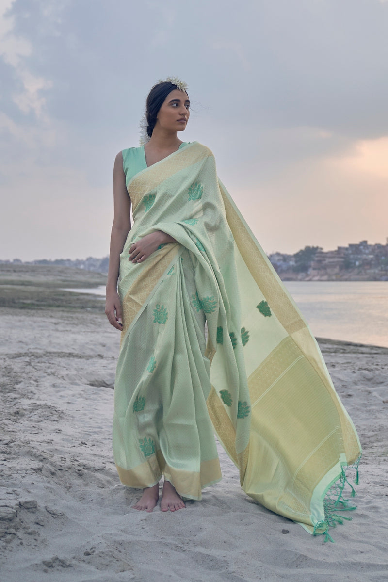 Summer Green Shimmering Handloom Weaving Silk Saree with Dark Green Zari Border Blouse