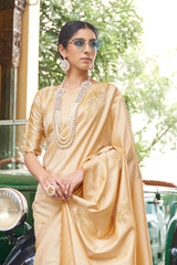 Ivory Shimmering Handloom Weaving Pure Silk Saree With Rich Zari Border And Zari Detailing Blouse