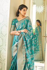 Queen Green Designer Silk Saree With Zari Detailing Blouse