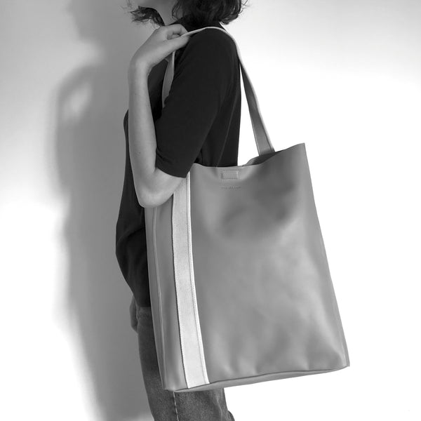 GLORIA - sand leather tote bag