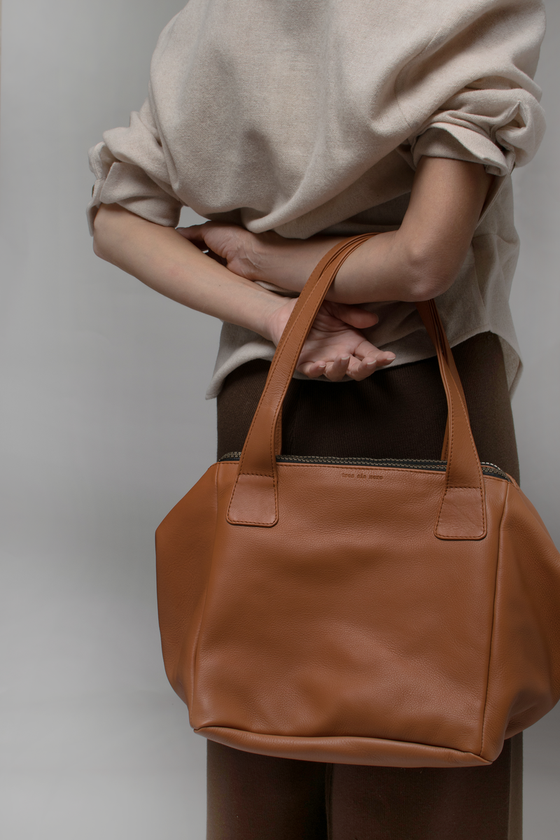 CUBUS - cinnamon sustainable leather and suede maxi shoulder bag
