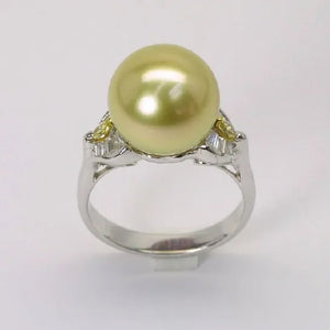 18K White Gold Diamond South Sea Gold Pearl Ring
