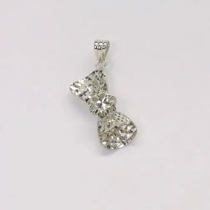 18K White Gold Pendant 1.3G