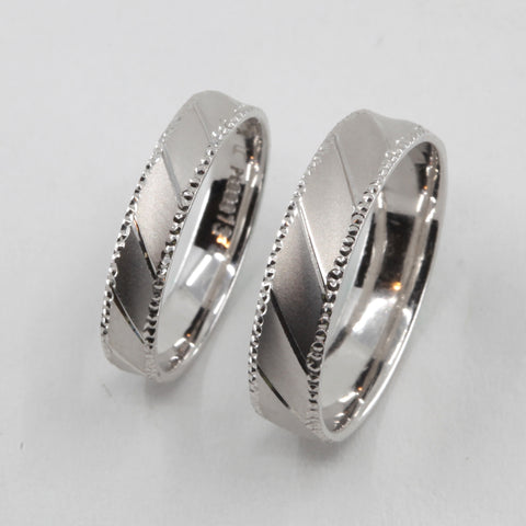One Pair of Platinum Wedding Band Rings 9 Grams