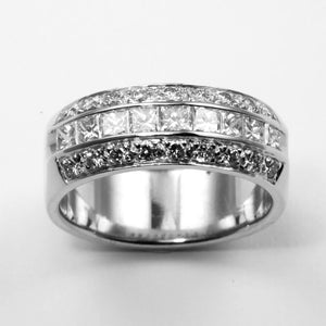 Platinum Women Diamond Band Ring D1.60CT