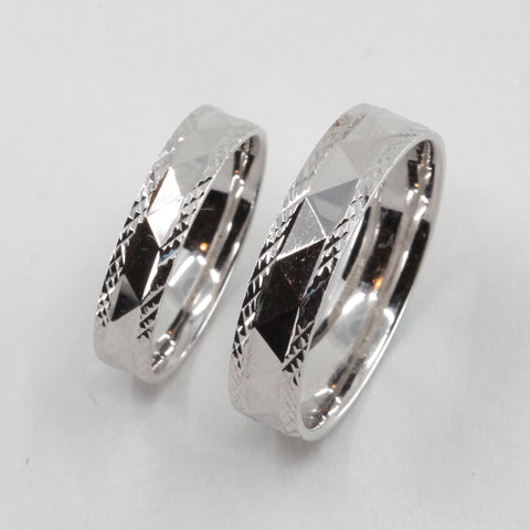One Pair of Platinum Wedding Band Rings 9.8 Grams