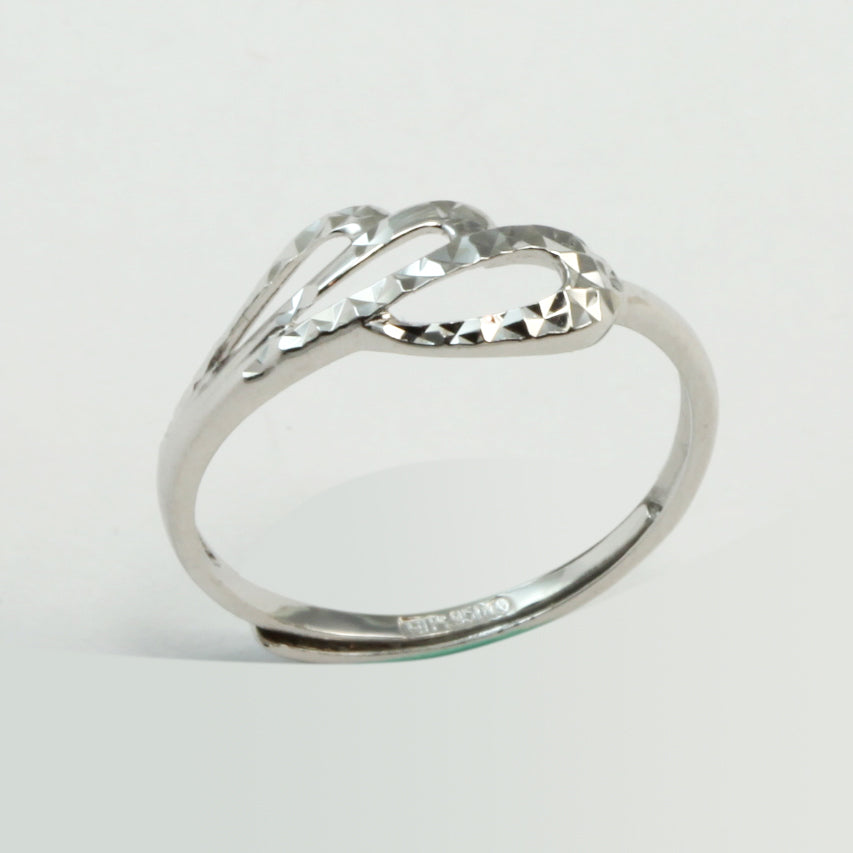Platinum Women Ring 1.8 Grams