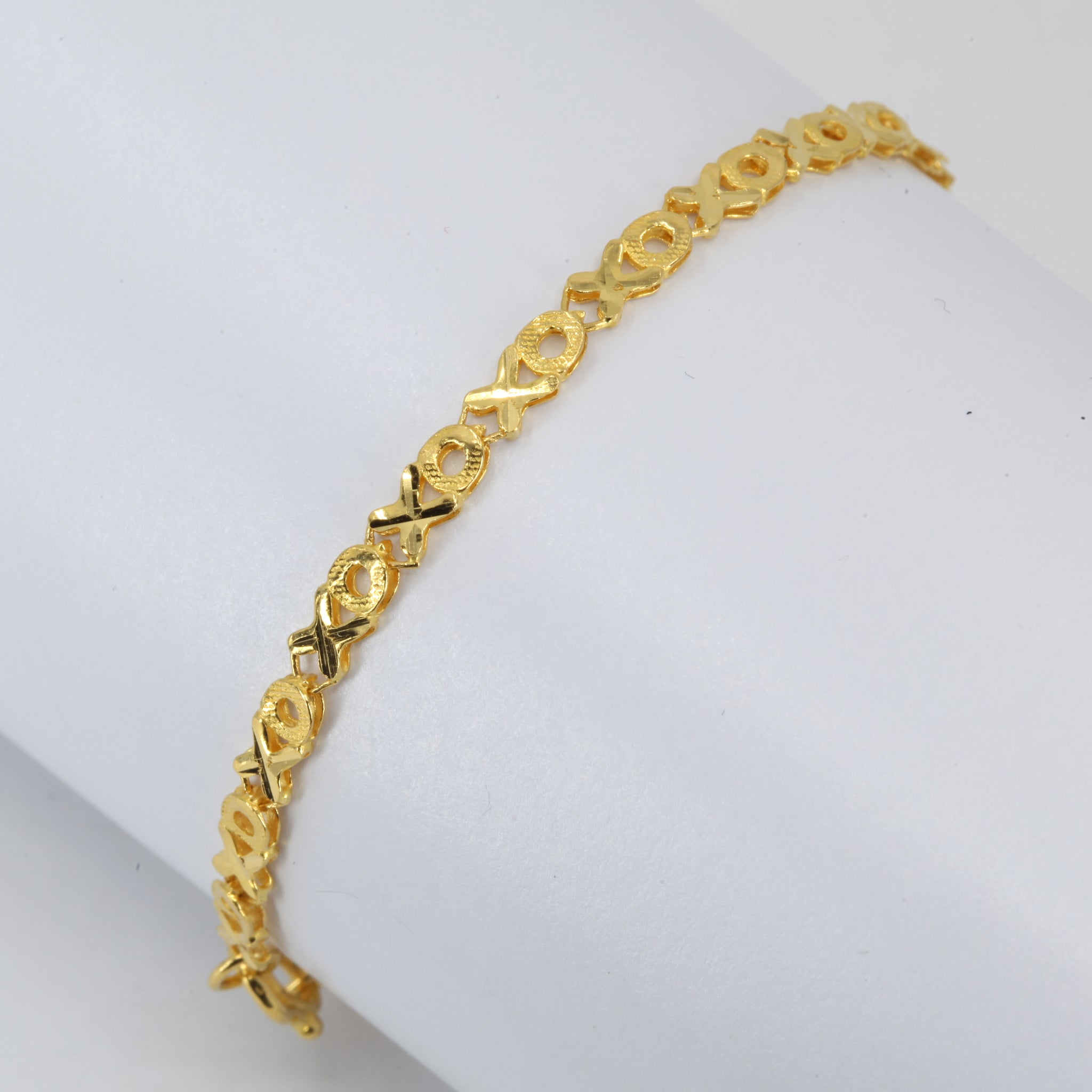 24K Solid Yellow Gold Design Bracelet 4.7 Grams 6.8""
