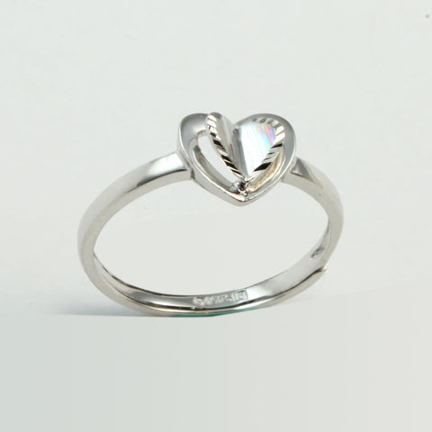Platinum Women Heart Ring 2.6 Grams