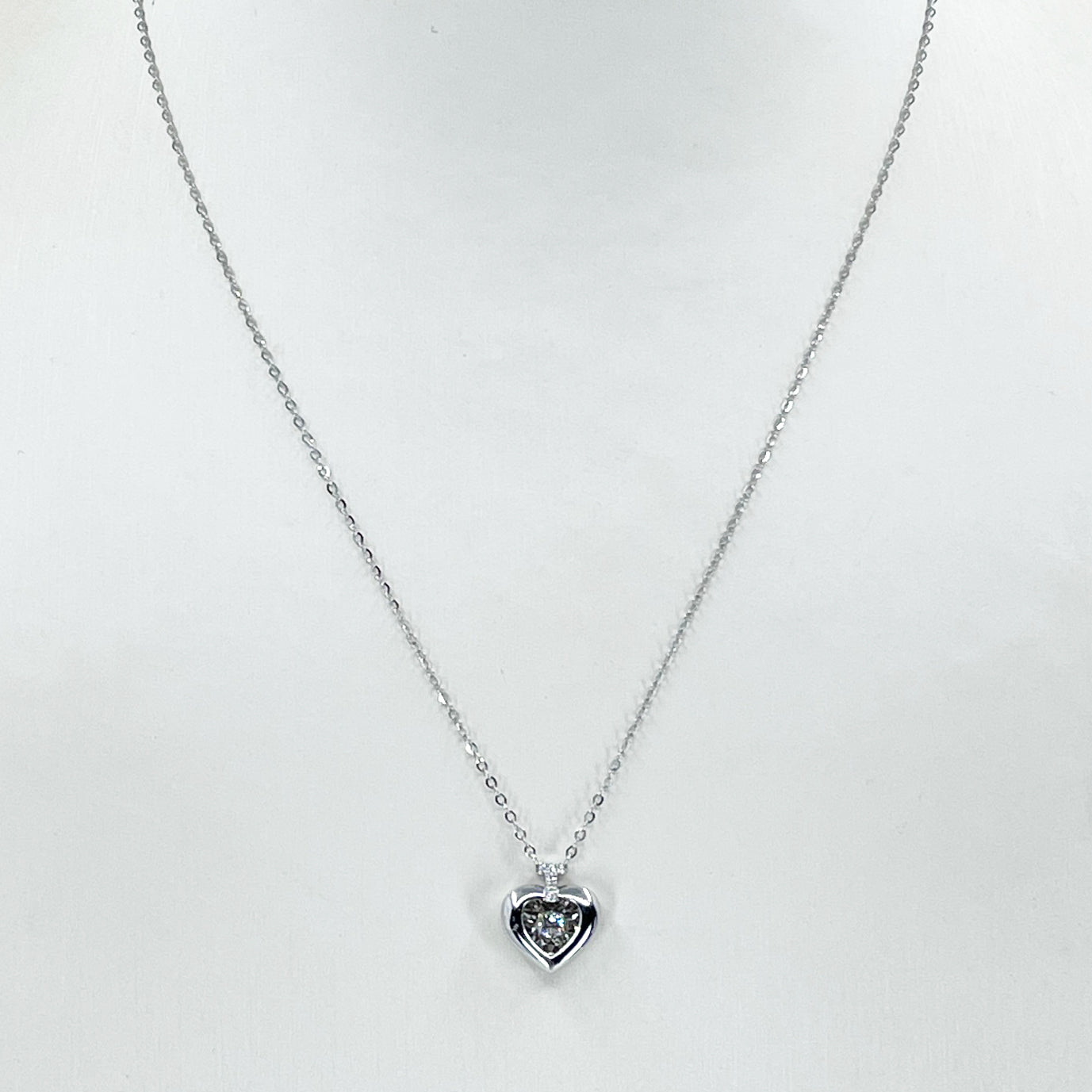 "18K Solid White Gold Round Link Chain Necklace with Diamond Heart Pendant 16"" D0.06 CT"
