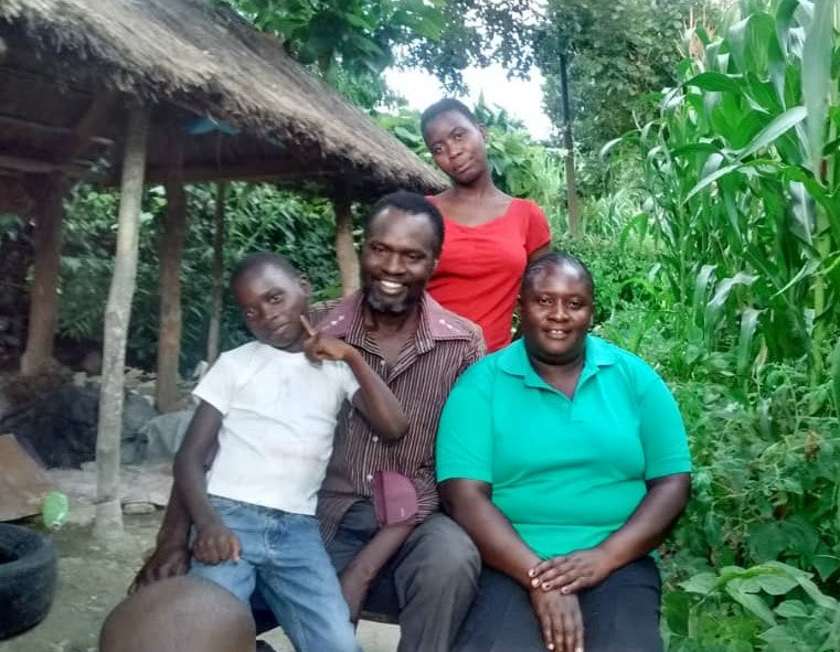 Artist Herbert Mwandiringa and Family.