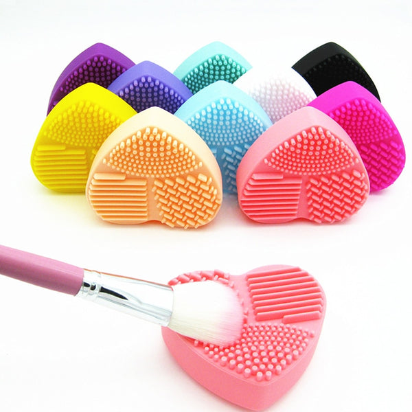 Heart Makeup Brush Cleaner