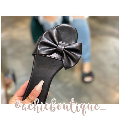 Minnie Bow Sandals- Black