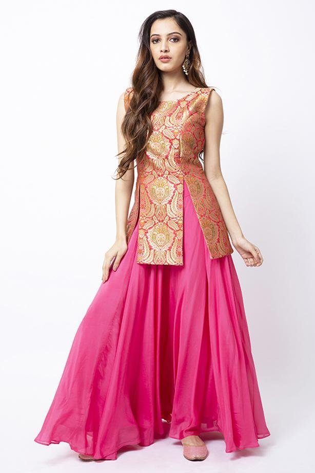 Bubblegum Pink High Slit Tunic & Full Ghera Skirt - Monsoon.thedesignerstore