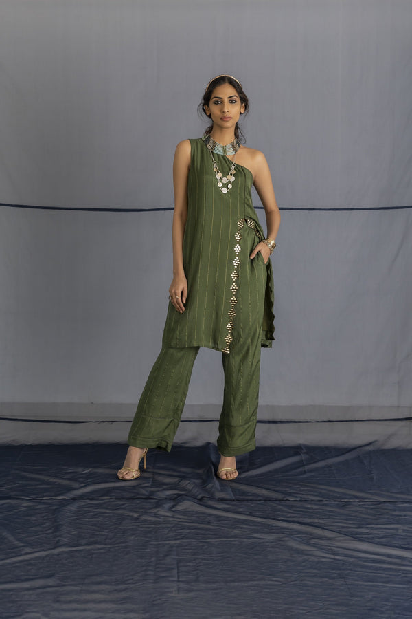 One side shoulder kurta with pants - Monsoon.thedesignerstore