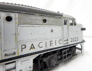 Lionel 2023 Union Pacific AA Alco SILVER Gray OVER YELLOW Diesels Running 1951
