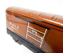 "Load image into Gallery viewer, Marx 6"" tinplate 1940 medium Brown Bessemer Lake Erie 90171 B&LE boxcar 555 tinplate"
