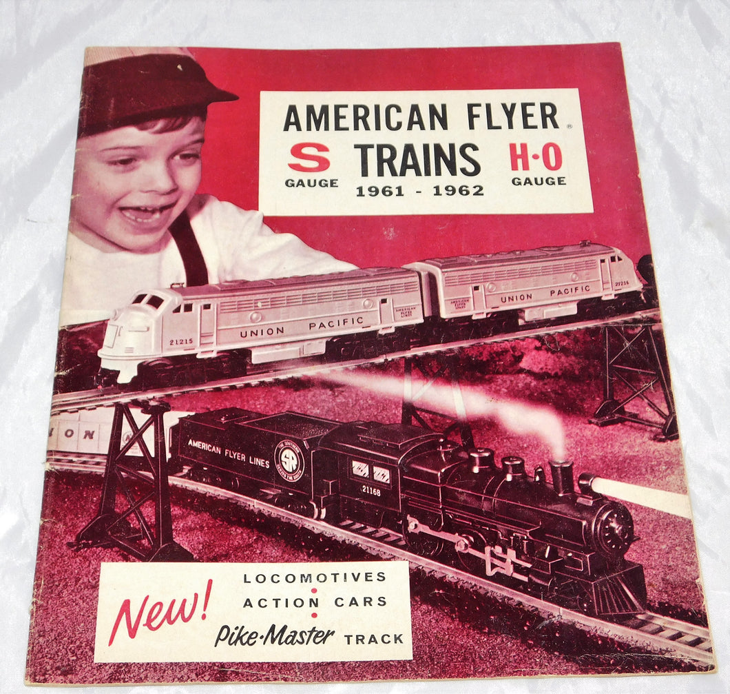American Flyer 1961-62 Catalog D-2267 S gauge HO scale 24 pages Paper Vintage