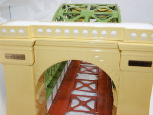 MTH 10-1015 #300 Hellgate Bridge Standard Gauge Metal New Boxed Cream/Green tinp