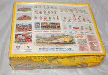 Load image into Gallery viewer, IHC HO 5119 THUNDERBOLT Carnival Ride +Platform w/ticket Ofc Kit C10 1/87 Sealed