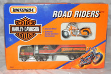 Load image into Gallery viewer, MATCHBOX 76240 HARLEY DAVIDSON Motorcycle & Truck set Road Riders Diecast 1992