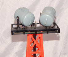 Load image into Gallery viewer, K-Line K-133 Searchlight Tower O/027 Two bright lights Marx accessory floodlight