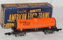 Load image into Gallery viewer, American Flyer 625 ORANGE Shell Oil Tank car coupler plastic frame 1946 Boxed S