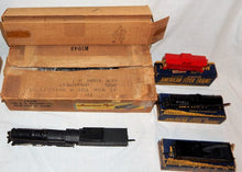 Load image into Gallery viewer, 1946 American Flyer Set 4605 Pennsylvania Freight Train BOXED 310 K5 steam clean