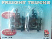 Load image into Gallery viewer, Lifelike HO scale 1413 Bettendorf trucks PAIR w/ Horn Hook HO couplers Walthers